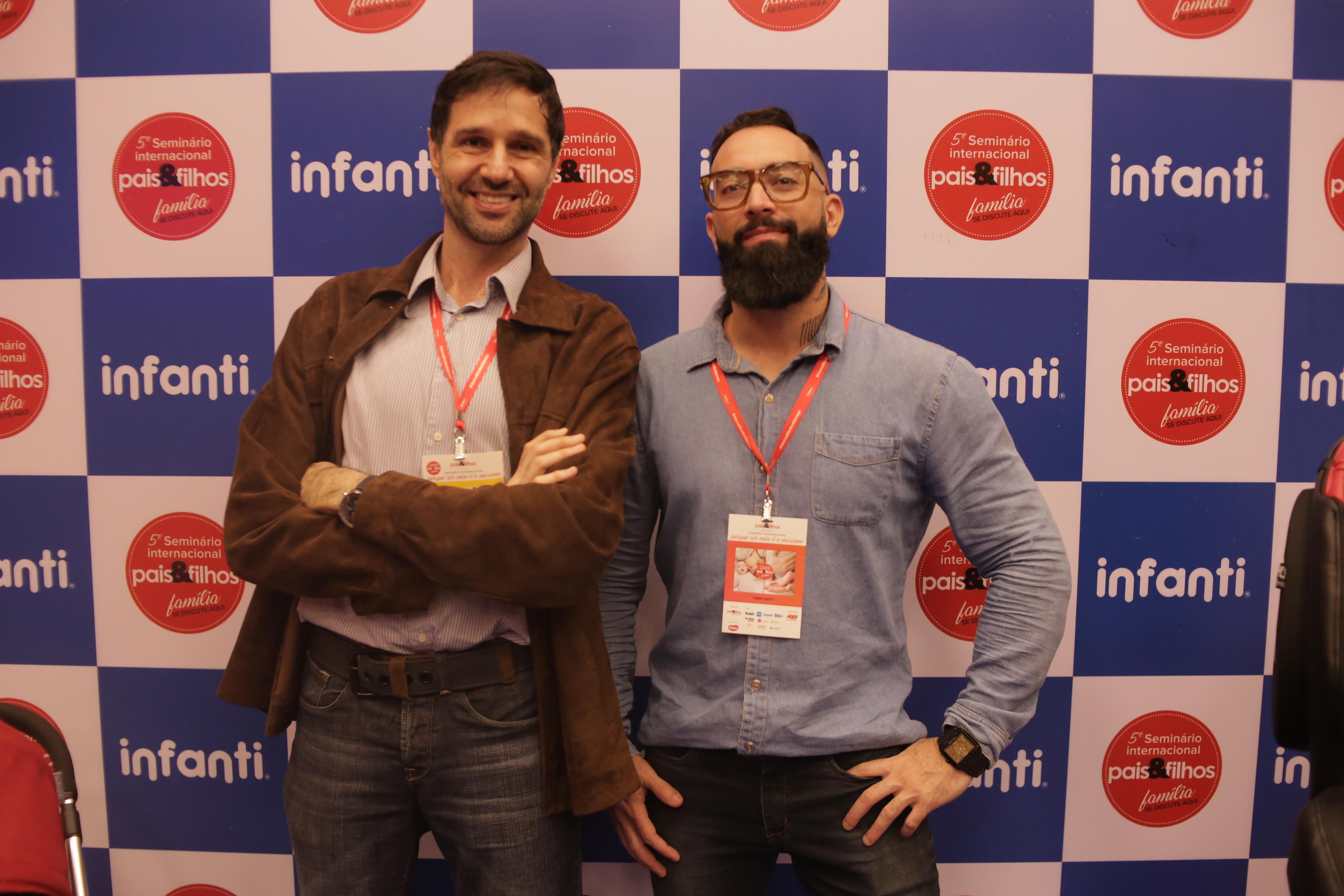 Adriano Bisker e Tomás Dotti no espaço Infanti